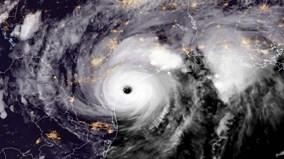 'Siêu bão thập kỷ' Harvey quét dọc bờ biển bang Texas
