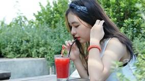 9X xinh đẹp đóng MV cùng Mỹ Tâm, giỏi 2 ngoại ngữ, rất thích chơi game