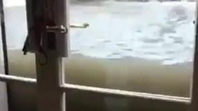 Biển nước bủa vây, cửa hàng trang sức biến thành tàu ngầm trong bão Irma