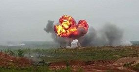 'Xe tăng bay' Su-25 Nga dội mưa tên lửa, diệt hàng loạt mục tiêu mặt đất