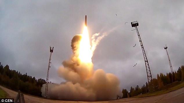 Nga thử thành công tên lửa liên lục địa tầm bắn 12.000 km - 2
