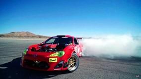 Toyota 86 độ động cơ Ferrari gặp nạn khi chạy biểu diễn