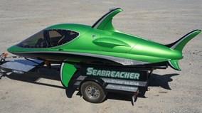 Máy bay phản lực dưới nước Seabreacher
