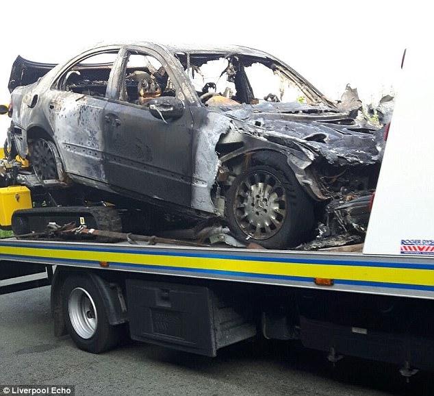 Cố ý tưới xăng đốt xe người khác, thủ phạm phải trả giá ngay tức thì - Ảnh 4.