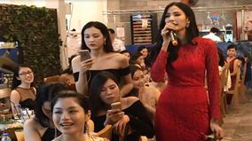 Hoàng Thùy bất ngờ khoe giọng hát đầy nội lực tại Hoa hậu Hoàn vũ Việt Nam