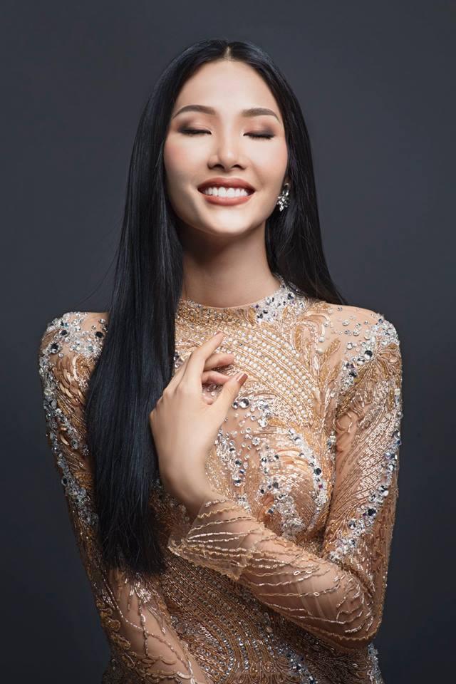 Hoàng Thùy bất ngờ khoe giọng hát đầy nội lực tại Hoa hậu Hoàn vũ Việt Nam 2017-4