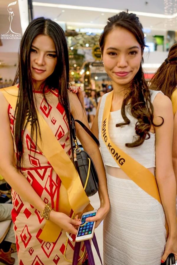 GIẬT MÌNH: Xuất hiện Lan Khuê phiên bản lỗi tại Miss Grand International 2017-11