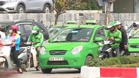 Hà Nội yêu cầu Uber, Grab báo cáo lượng xe tham gia thí điểm