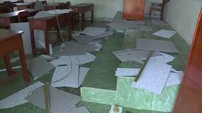 Sập trần phòng học, 9 học sinh nhập viện