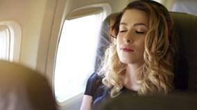 Điều gì xảy ra với cơ thể khi đi máy bay?