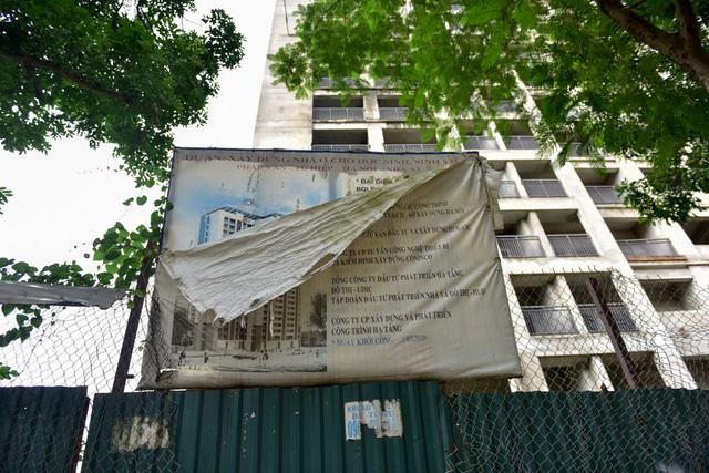 Khu nhà ở sinh viên tại khu đô thị Pháp Vân - Tứ Hiệp (quận Hoàng Mai) gồm 6 toà nhà cao 19 tầng, tổng mức đầu tư khoảng 1.900 tỷ đồng. Dự án này nhằm cung cấp khoảng 22.000 sinh viên các trường đại học phía Nam thành phố.