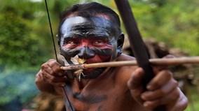 Bộ lạc cổ xưa giữa rừng rậm Amazon