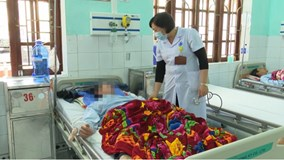 Thái Bình: 7 người cấp cứu nghi ngộ độc rượu