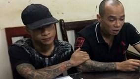 """Sau 1 ngày bị bắt giữ, kẻ khống chế con tin ở Hà Nội vẫn """"ngáo đá"""""""