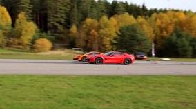 Con người chống lại máy móc : Corvette Z06 số sàn thách đấu McLaren 570S