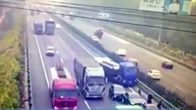 Tai nạn kinh hoàng trên cao tốc vì tốc độ