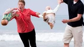 Những sự cố trông con hài hước mà bố mẹ nào cũng phát hoảng khi nhớ lại
