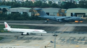 Tổng thống Peru đi máy bay thương mại đến Đà Nẵng dự APEC