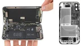 """Video """"mổ bụng"""" iPhone X xem bí mật ẩn chứa bên trong"""