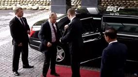 Tổng thống Putin khoác áo vest bước vào Hội nghị quan trọng nhất APEC