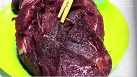 """Cách phát hiện """"thịt bò"""" hô biến từ lợn sề của """"đồ tể"""""""