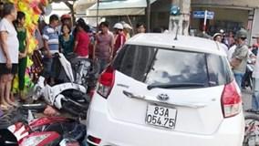 """Công an lái ô tô vật chứng gây tai nạn: Chủ xe đòi đền """"xế"""" mới"""