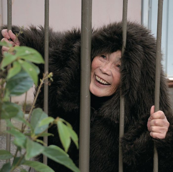 Cụ bà 89 tuổi người Nhật khiến cả thế giới phát sốt với bộ sưu tập ảnh tự chụp cực kỳ hài hước - Ảnh 3.