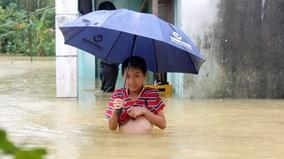 Người dân Quảng Nam lại tất bật 'chạy lũ'