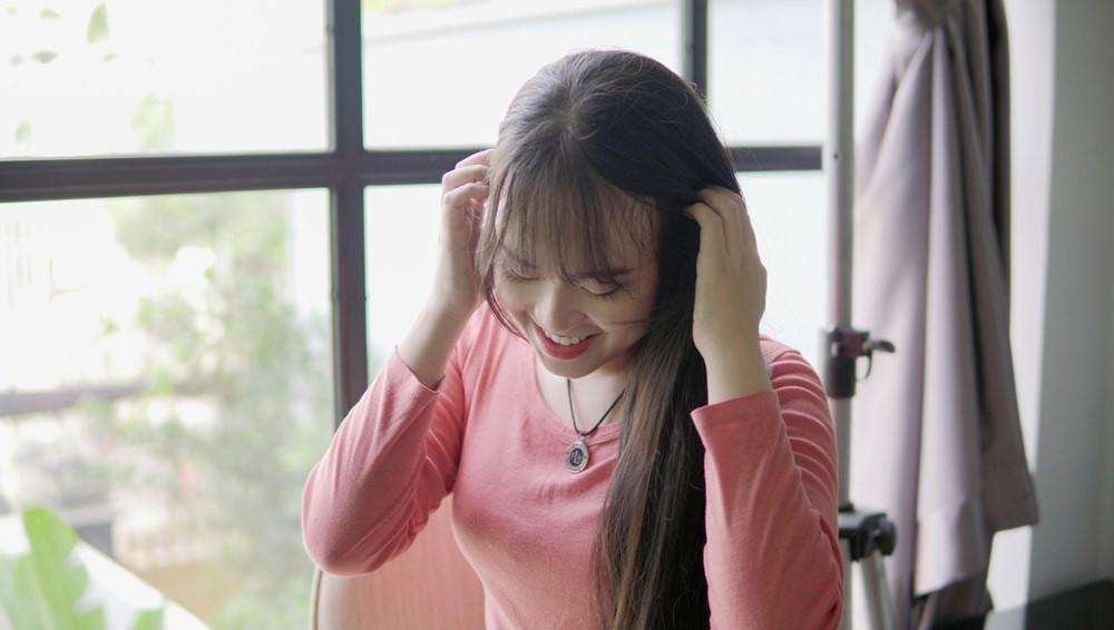 9X Sài Gòn kiếm chục triệu mỗi tháng nhờ có mái tóc dài 2 m-5