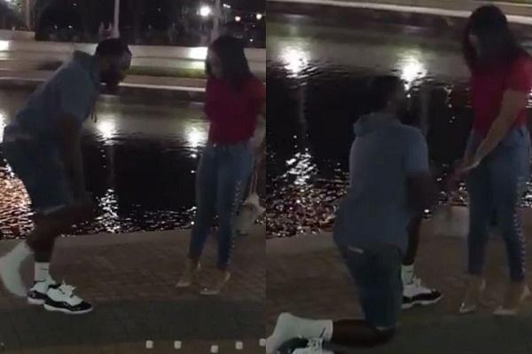 Chàng trai cởi giày ra cầu hôn bạn gái và sự thật hài hước phía sau 2