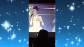 Cười ngất với màn ứng xử hoa hậu 'bá đạo' của Phi Thanh Vân