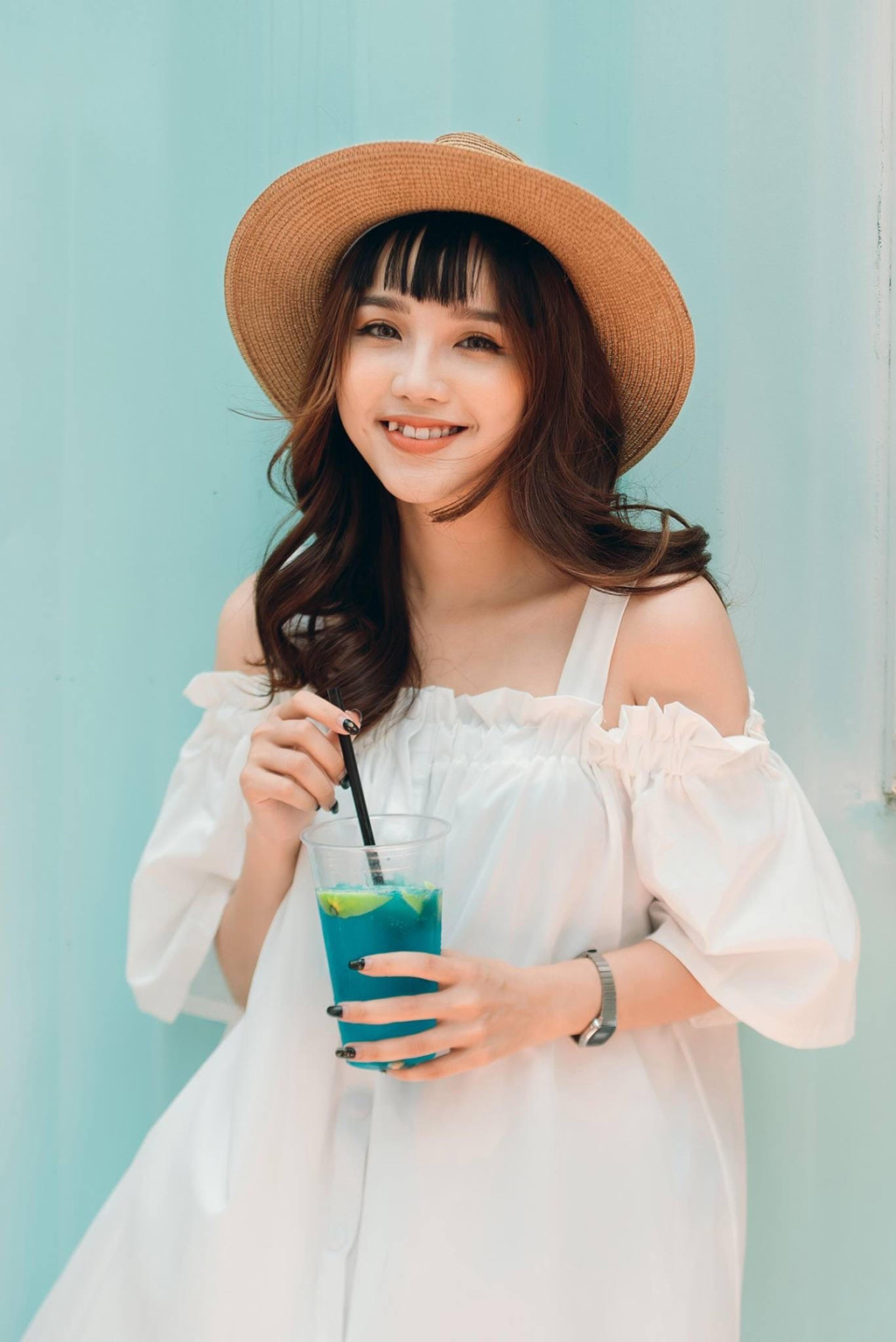 Cuu hot girl THPT Viet Duc dong MV 'Tinh don phuong' cover la ai? hinh anh 4
