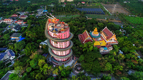 Chiêm ngưỡng ngôi đền rồng cuộn độc đáo ở Thái Lan