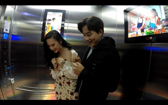 Lần đầu trải nghiệm cảm giác ảo, Angela Phương Trinh ôm chặt Mai Tài Phến-5