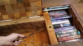 Bàn gỗ thần kỳ chứa nhiều ngăn bí mật, an toàn như két sắt