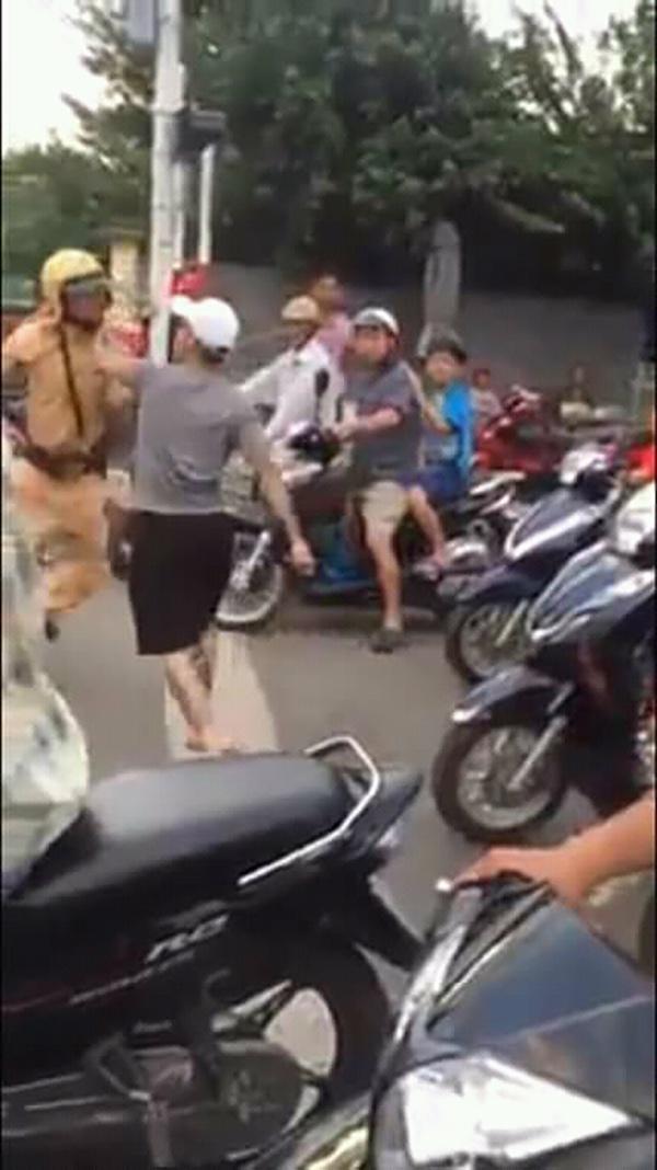 Nha Trang,hành hung,cảnh sát giao thông