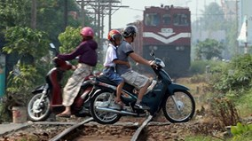 Xóa sổ đường ngang dân sinh qua đường sắt