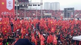3 miền đất nước thành 'chảo lửa',  sẵn sàng đồng hành cùng U23 Việt Nam