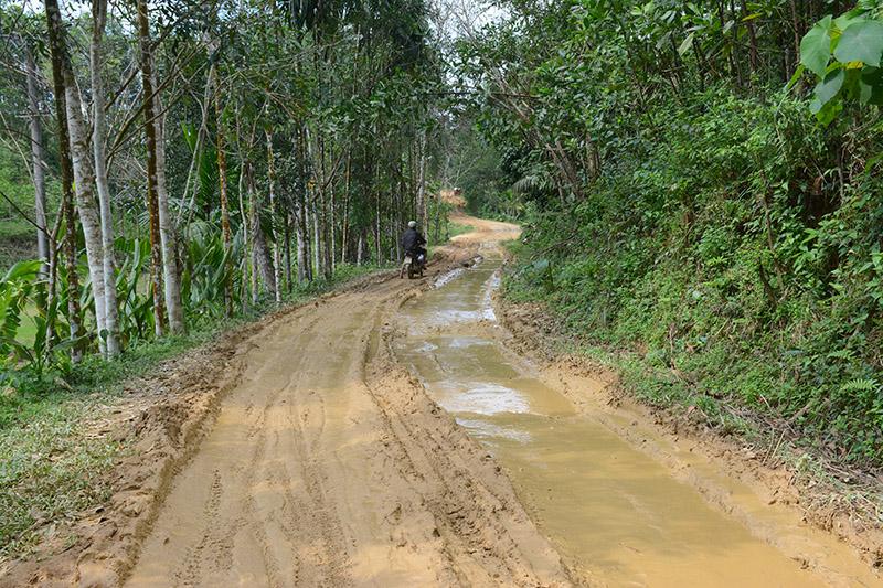 đường xuống cấp, đường hỏng,Quảng Nam