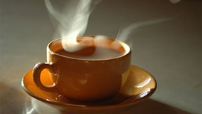Uống trà, café nóng tăng nguy cơ mắc ung thư