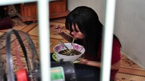 Tâm sự đẫm nước mắt của công nhân phải mua nợ gạo ăn Tết