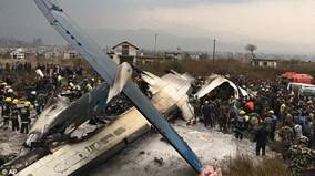 Máy bay bốc cháy ở Kathmandu, tìm thấy thi thể hành khách cháy đen