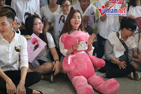 Hương Giang Idol,Hoa hậu chuyển giới