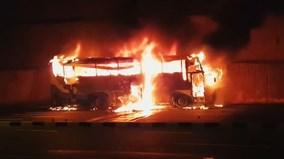 Thái Lan: Xe bus cháy rừng rực, hàng chục người thiệt mạng