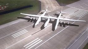 Khám phá siêu máy bay 2 khoang lái lớn nhất thế giới