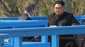 Vì sao 2 nhà lãnh đạo Hàn - Triều tản bộ mà không cần vệ sĩ tháp tùng?