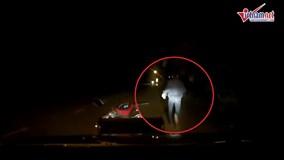 Đồng Nai: Màn truy đuổi trộm chó bằng ô tô kịch tính trên đường