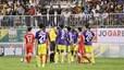 Xem những màn xô xát nảy lửa trận HAGL vs Hà Nội