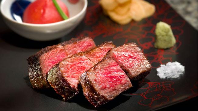 Vẫn chỉ là thịt bò, tại sao thịt của Nhật lại có giá...