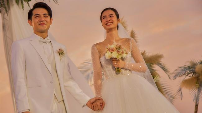 Giây phút hạnh phúc nhất  trong đám cưới của Đông Nhi...